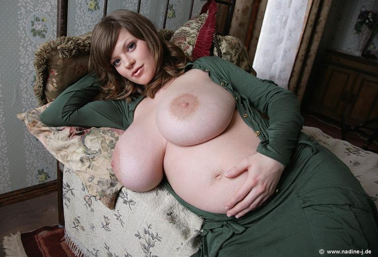 Nadine Jensen Pregnant Pics 6